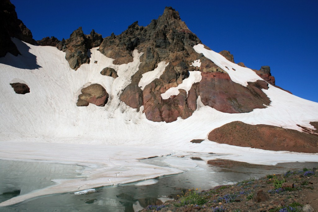 Frozen Lake on top of Broken Top Mountain