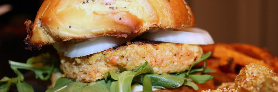 curried salmon burger