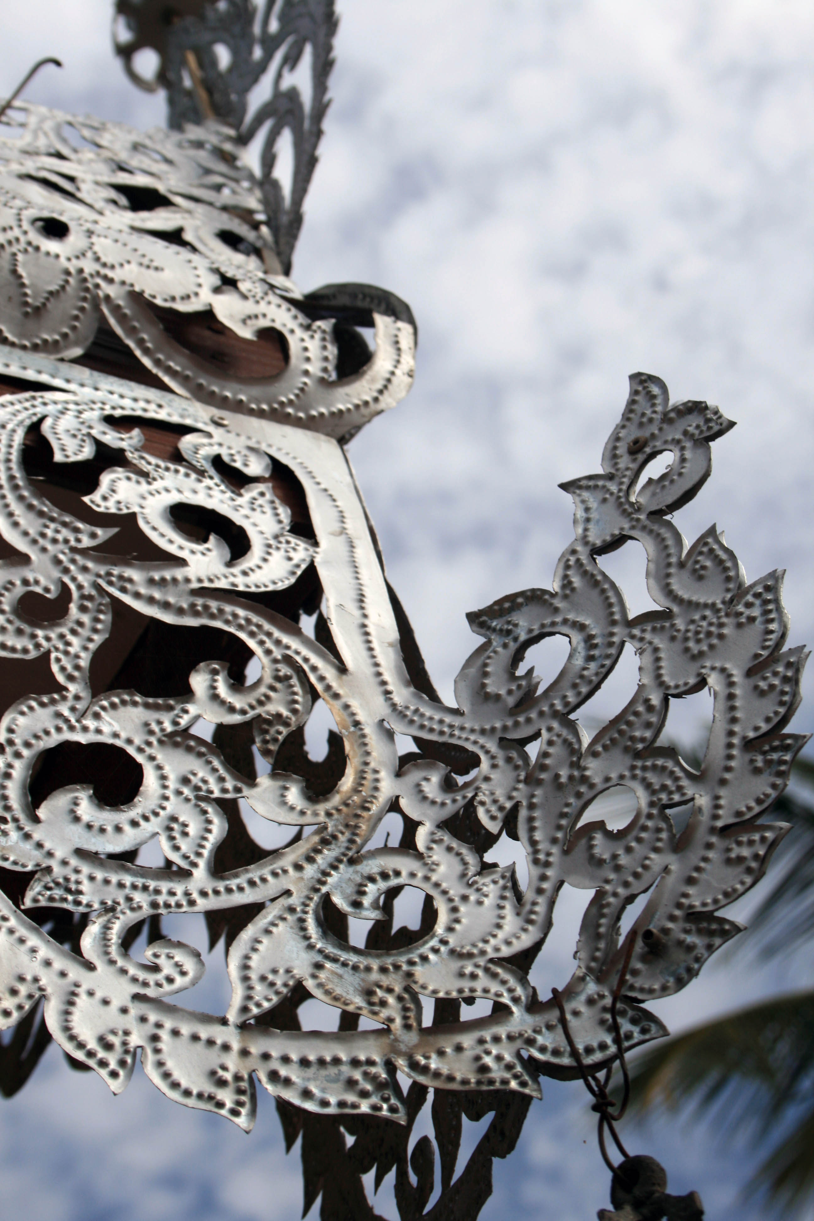 Zinc metalwork at Wat Phra That Doi Kong Mu.