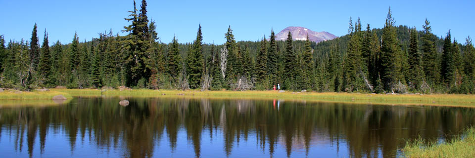 sisters mirror lake header