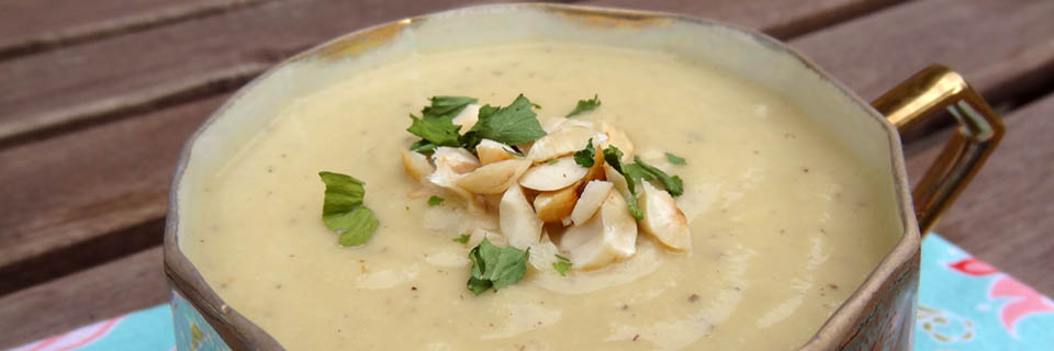 Cauliflower hazelnut soup header