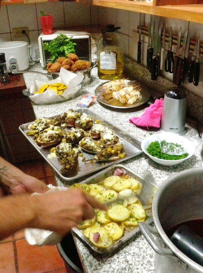 Costa Dulce Yogi Feast